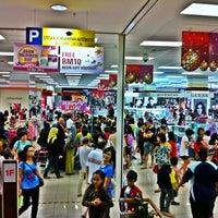 Photo taken at AEON Bandaraya Melaka Shopping Centre by Iszaid on 12/14/2012