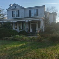 Photo taken at Inn on Poplar Hill by Richard on 12/23/2012