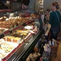 Photo taken at Starbucks by Peter J. J. on 12/2/2012