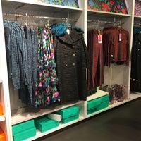 Photo taken at H&M by Carmen on 11/4/2016