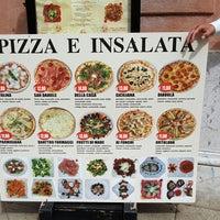 Photo taken at Pizzeria-Trattoria Vilaret by Imma C. on 9/10/2016
