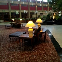 Photo taken at Four Points by Sheraton Pittsburgh North by Ahmad on 11/16/2012