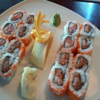 Photo taken at Thai Hana Restaurant & Sushi Bar by Paul R. on 4/14/2015