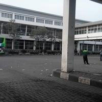 Photo taken at Terminal Purabaya (Bungurasih) by Fruri B. on 1/8/2014