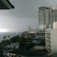 Photo taken at Pattaya Discovery Beach Hotel (D-Beach) by Tatianka K. on 3/15/2013