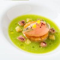 Photo taken at Seasonal Restaurant & Weinbar by SPE Certified on 9/17/2012