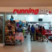 Photo taken at Running Lab by Abdul Razak S. on 9/24/2014