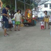 Photo taken at วัดโพธิ์พุฒตาล by อภิชาติ ส. on 10/31/2012