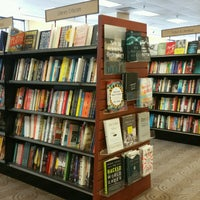 Photo taken at Barnes & Noble by Alejandra M. on 9/9/2016