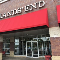 Stop by Lands' End on Junction Rd today to talk to Santa in the magic phone booth! They are giving out treats and everything is drastically discounted! When you talk to Santa Lands' End donates to Second Harvest Foodbank of Southern Wisconsin! # santaforaday/5(7).