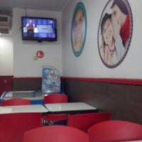 Photo taken at Telepizza by Marco F. on 4/22/2014