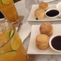 Photo taken at SCONES by Anotai (สโกนส์) by Petch on 3/22/2014
