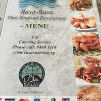 Photo taken at Rasa Rasa Muslim Thai Seafood Restaurant by Ridz u. on 2/20/2016