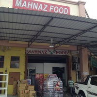 Photo taken at Mahnaz Food by Azmir Z. on 7/17/2013