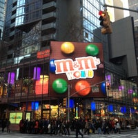 Photo taken at M&M's World by Denisse on 4/21/2013