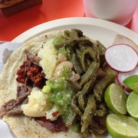 Photo taken at Tacos Don Chema by Kikee on 9/29/2013