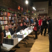 Photo taken at Main Street Books by Lici B. on 12/5/2016