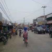 Photo taken at Pasar Jatibarang by Lukman H. on 12/7/2015