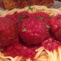 Photo taken at Giorgio's Family Restaurant by Lynn M. on 9/10/2016