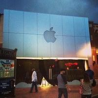 Photo taken at Apple Store by Matt S. on 6/29/2013