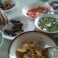 Photo taken at Sate Maranggi Cibungur by bowbee i. on 9/30/2012