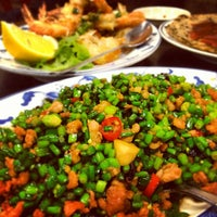 Photo taken at Taiwanese Specialties 老華西街台菜館 by Ong A. on 1/8/2013
