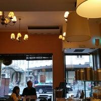 Photo taken at Armazém do Caffé by Hélder Osvaldo™ on 2/13/2015
