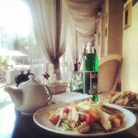 Photo taken at Фарфор Кафе / Farfor Cafe by Михаил К. on 5/8/2013