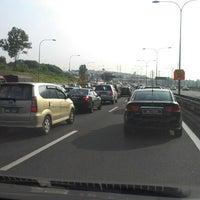 Photo taken at Lebuhraya Persekutuan (Federal Highway) by Saifullah S. on 10/11/2012