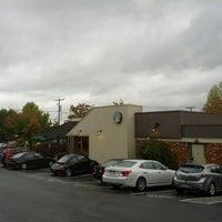 Photo taken at Starbucks by Jarix on 10/13/2012