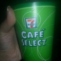 Photo taken at 7- Eleven by Marimar on 1/14/2013
