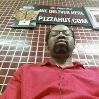 Photo taken at Pizza Hut by Still S. on 8/7/2015