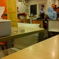 Photo taken at D'Cost Seafood by Nurul A. on 3/17/2013