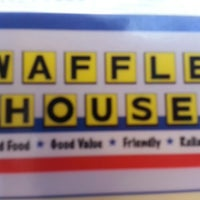 Photo taken at Waffle House by Dusty G. on 8/31/2013
