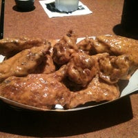 Photo taken at Buffalo Wild Wings by Tom F. on 9/18/2012