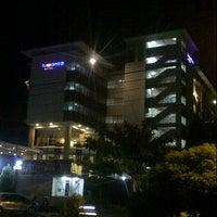 Photo taken at Luwansa Hotel Palangkaraya by hendrawan r. on 5/24/2015