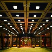 Photo taken at Sheraton Centre Toronto Hotel by Stilez on 10/22/2012