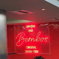 Photo taken at Bembos by Pedro jose D. on 10/23/2015