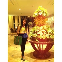Photo taken at Shangri-La Hotel, Jakarta by Clarissa Angelica on 4/3/2013