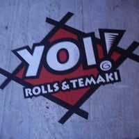 Photo taken at Yoi! Roll's & Temaki by Jacqueline R. on 12/6/2012