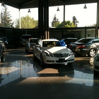 Photo taken at Mercedes-Benz Hermer by Bere G. on 1/30/2013