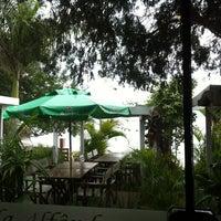 Photo taken at Restaurante Posto da Alfândega by Mirella F. on 6/30/2013