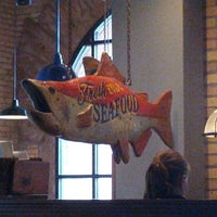 Photo taken at Red Lobster by João Victor C. on 10/14/2012