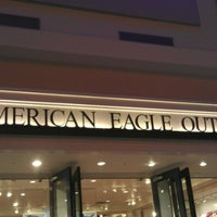 Photo taken at American Eagle Outfitters by Isaac V. on 11/11/2012