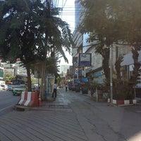 Photo taken at Major Cineplex Ratchayothin by Za 4. on 9/16/2013
