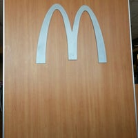Photo taken at McDonald's by Generide L. on 9/16/2012