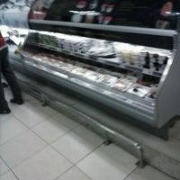 Photo taken at Superluna Supermercados by Deivison C. on 1/21/2013