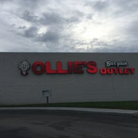 Photo taken at Ollie's Bargain Outlet by Allyson L. on 8/16/2016