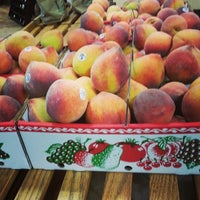 Photo taken at Lane Southern Orchards by Annie S. on 7/21/2013