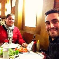 Photo taken at Pizzaria Don Romano by Felipe H. on 8/10/2013